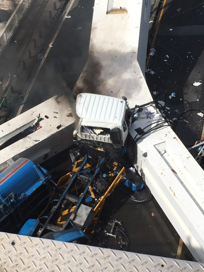 ▲宜蘭南方澳跨海大橋驚傳倒塌。(圖/翻攝自臉書美麗蘇澳VS南方澳)