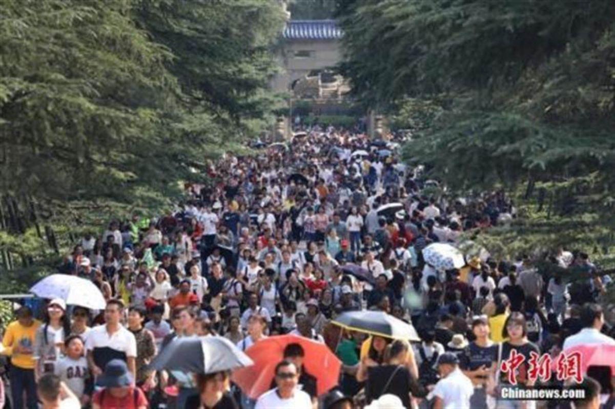 中國十一長假 國內旅遊消費不到疫情前6成