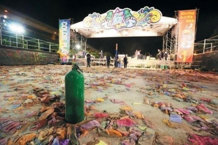 ▲八仙水上樂園在 2015 年 6 月 27 日發生粉塵爆炸事件,造成 15 死 471 傷的悲劇,對於當天在場被火燒傷的人,那是一個永遠的傷痛。(圖/翻攝自《爆廢公社》)