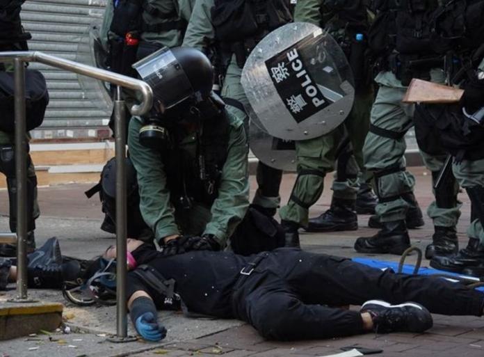 名家論壇》李兆立/槍擊學生後,香港反送中如何落幕?