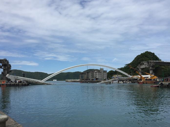 切橋開航道通行讓漁民作業 嚴德發:3日中午前開通