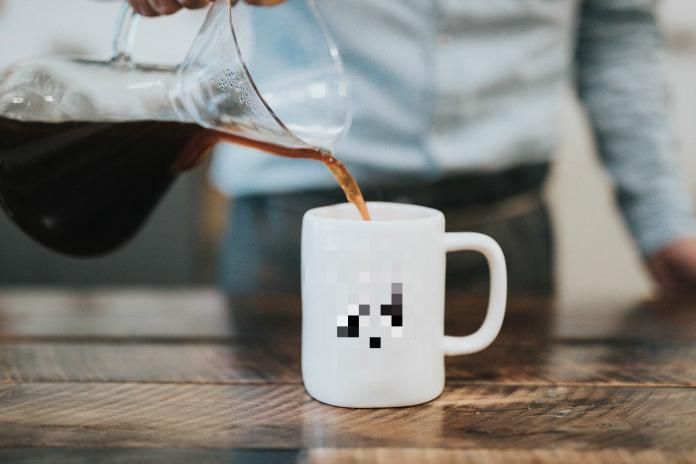 ▲一名女網友在臉書社團《爆廢公社》分享,在飲料店遇到的點餐趣事,店員表示「紅茶賣完」,一旁女學生的反應卻讓店員當場臉綠。(示意圖/翻攝自 Pixabay )
