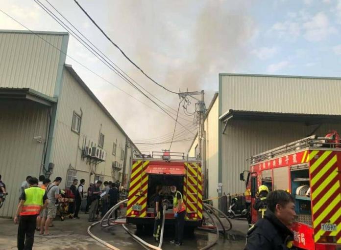 哀慟 台中鐵皮工廠大火 兩名消防員罹難