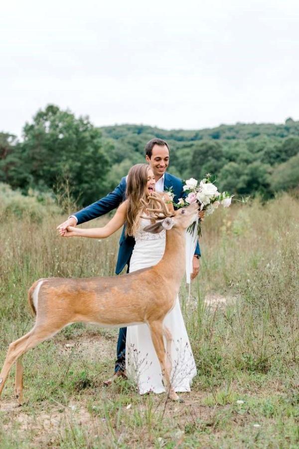 <br> 阿嗯嗯嗯不虧是新娘的花,偶賊得特別好粗!(圖/Laurenda Marie Photography)