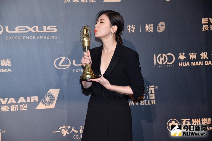 ▲賈靜雯抱回本屆金鐘獎視后寶座。(圖/NOWnews攝影中心)