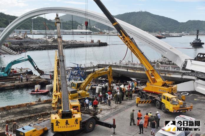 南方澳跨港大橋拆除作業 預計11時開始動工