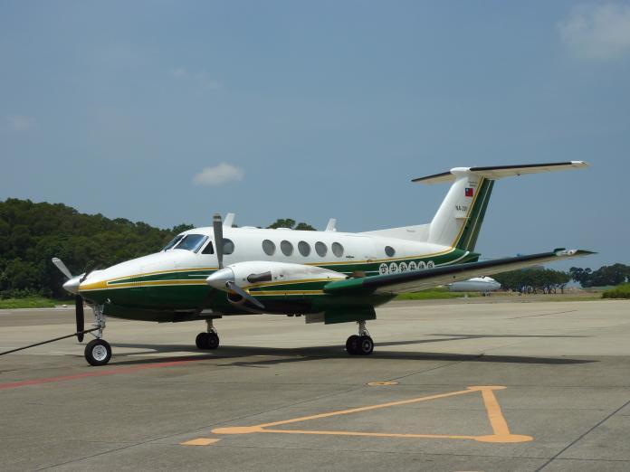 ▲目前農委會使用的BE-200型飛機機齡已超過40年。(圖/林務局提供)