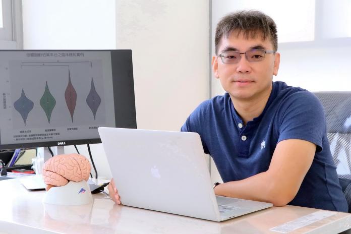 亞洲第1! <b>陽明大學</b>研究透視大腦年齡預測病變
