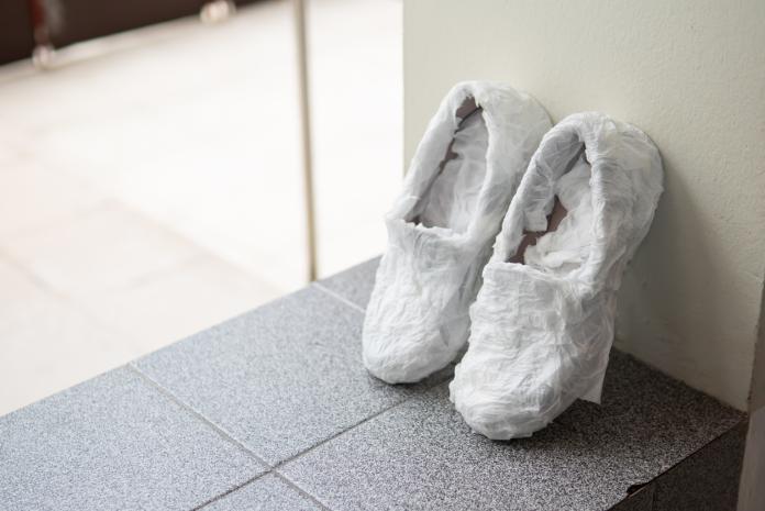 房市/濕衣服、鞋子要快乾 紙袋可派上用場