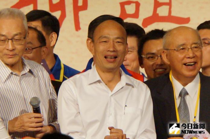 高雄市長韓國瑜(中)。(圖/記者呂炯昌攝)