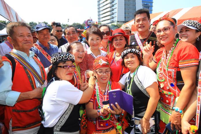中市原民傳統文化節 盧秀燕溜4族語言