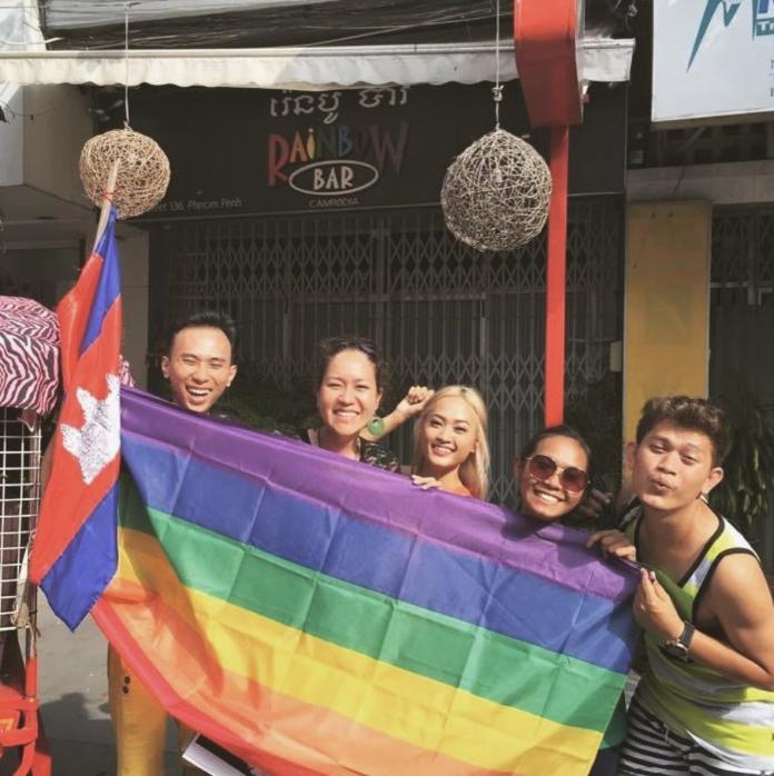 柬埔寨人越來越接受同性戀,現在每年都會公開慶祝柬埔寨的多元包容性。(IG:iamwhatiam.kh)