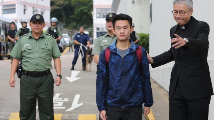 ▲港女命案兇手陳同佳已出獄,日後動向成兩岸角力所在。(圖/翻攝香港 01 )