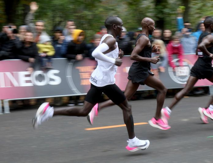 Eliud Kipchoge在兩小時內完成馬拉松。(圖/美聯社/達志影像)
