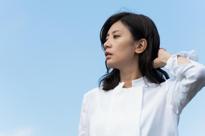 賈靜雯在《罪夢者》從正值青春年華的少女,一路演到眼神滄桑的單親母親,命運坎坷多舛