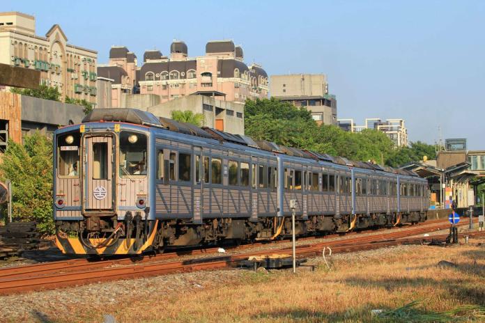 台鐵時刻表12/20起改點 180班次發車時間變動