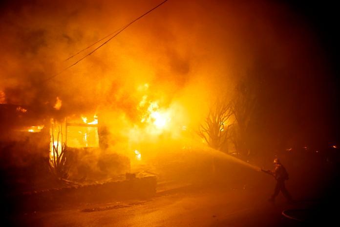 野火殺到加州高級住宅區 NBA詹皇驚逃:不是鬧著玩的