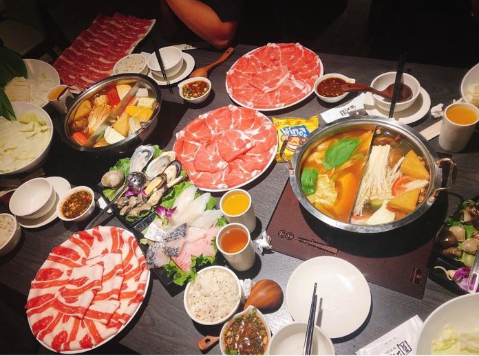 ▲一名網友在 PTT 八卦版指出,日本人吃火鍋時和台灣人的一大差異,並稱「感覺比較有禮貌」,貼文立刻引發網友熱議。(圖/ NOWnews 資料照)