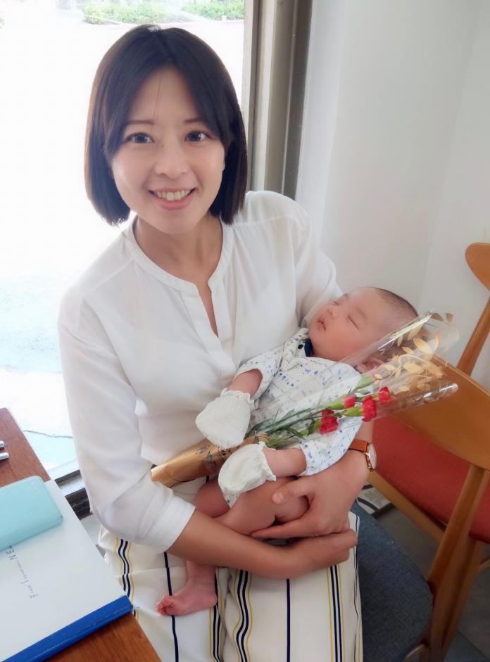 N2019103101江怡臻與小孩