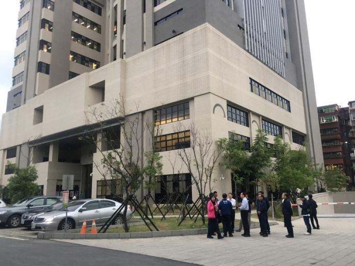 ▲台北市警察局士林分局的戴姓巡佐昨天也接獲確診通知。(中央社檔案照)