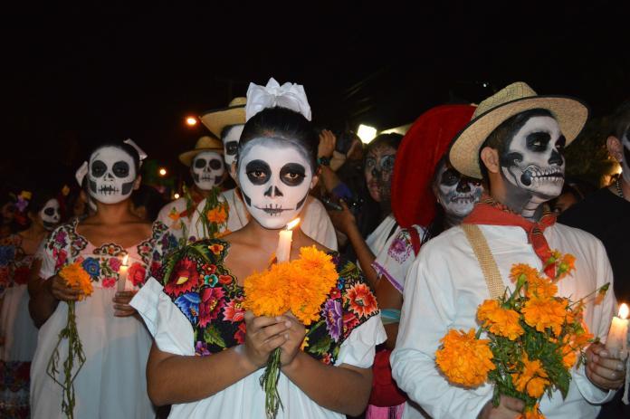 萬聖節後另一個「鬼節」 墨西哥亡靈節色彩絢爛