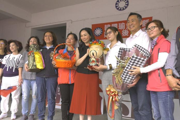 李佳芬出席金門婦女後援會 300鄉親熱情歡迎