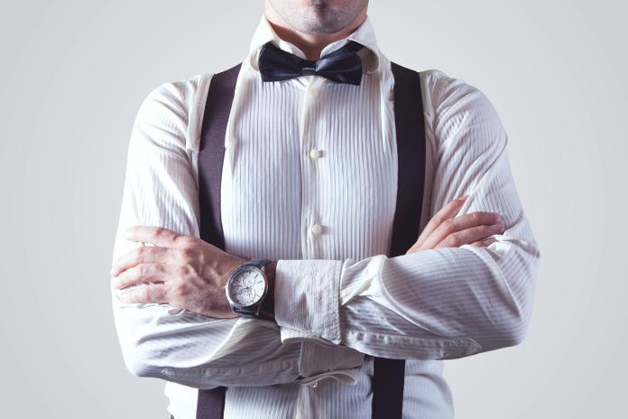 男生<b>襯衫</b>哪買才好看?內行人「一語揭關鍵」:穿起來超棒