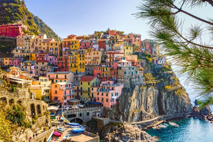 有用嗎?義大利小鎮力拼生育率 生小孩免費送房又給錢
