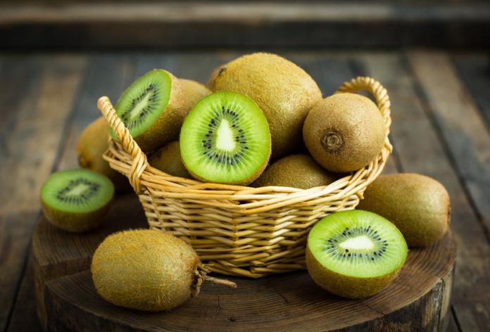<br> ▲奇異果營養密度高,含有豐富的必需營養素,包括維生素C、E、鉀、多酚類及膳食纖維,是運動最佳的高CP值補給水果。