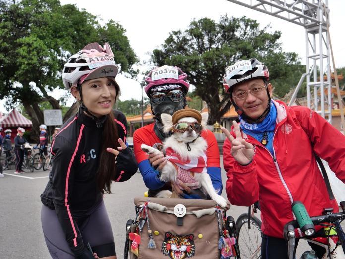 單車美女SUSU領騎 千人鐵馬漫遊竹縣山海秘境