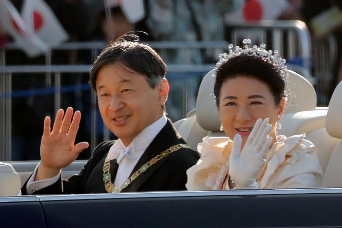 日本德仁天皇夫婦
