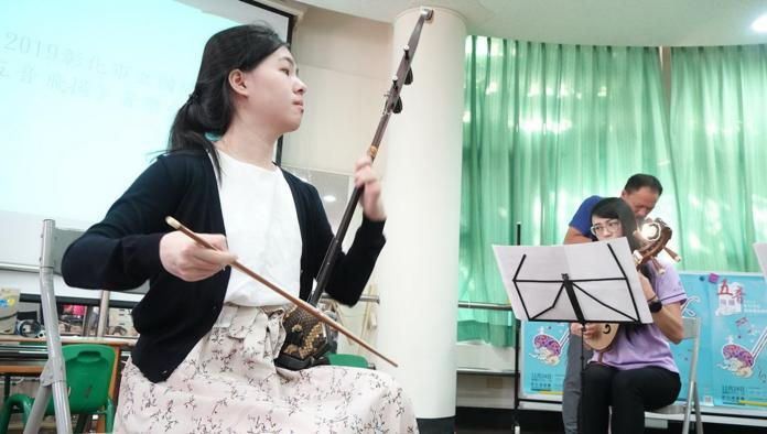 <br> ▲《五音飛揚》音樂會,邀請到青年演奏家張伊瑩老師擔任獨奏演出。(圖/記者陳雅芳攝,2019.11.11)