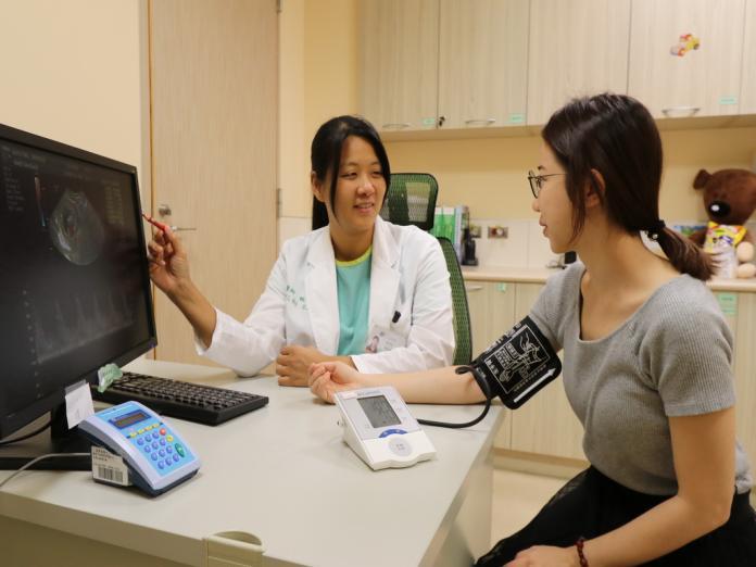 胖孕婦「子癲前症」狂喘險要命  應懷孕初期接受篩檢