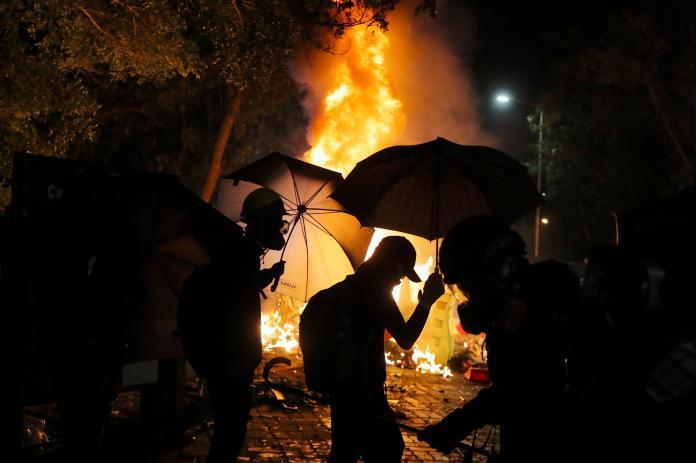▲香港近 2 日爆發的嚴重警民衝突,範圍甚至擴及大學校園,圖為香港中文大學。(圖/美聯社/達志影像)