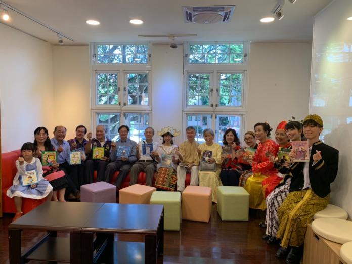 <br> 台北市新移民會館於11月9日在士林開幕,會館在一樓服務區提供越南、印尼、泰國與英語等四國語言通譯服務。(圖/台北市民政局提供)