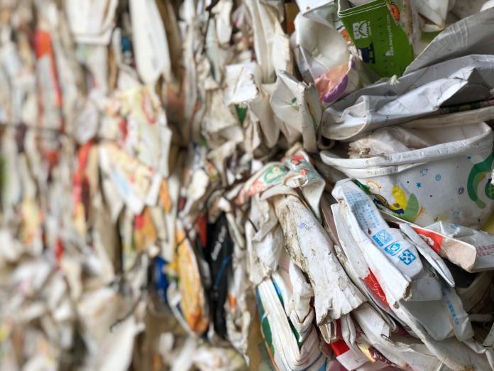 垃圾島變身/揭露紙類餐盒秘密 回收盤商擔風險像玩股票