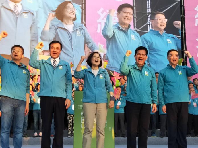 影/蔡英文台中競總成立 喊出「台灣要贏、台中先贏」