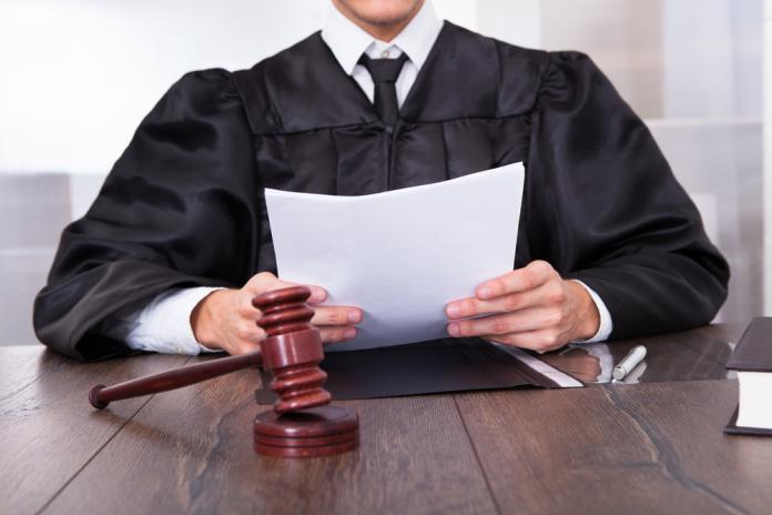 史上最年輕!21歲印度小鮮肉法官