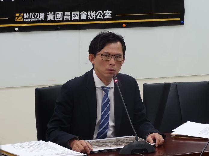 戰神新工作!黃國昌成「百年老店」獨董 因這句話上火線