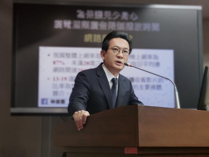 民進黨立委林俊憲尋求連任,不敢掉以輕心