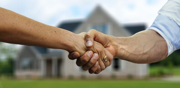 ▲「以房養老是不是變相幫銀行買房子?」。(示意圖,非當事情境/取自 Pixabay )