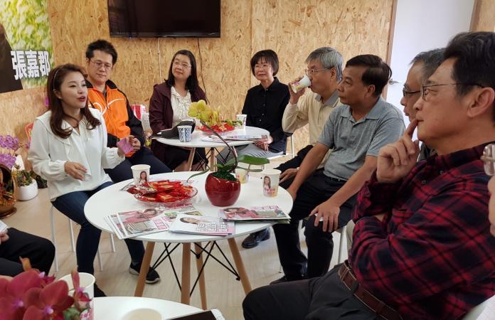 <br> ▲張嘉郡感謝藥師們除了平常照顧鄉親健康。(圖/記者蘇榮泉攝,2019.11.29)