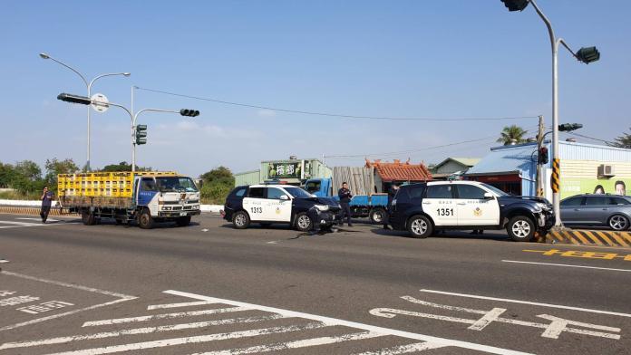 影/賴清德台南輔選出「撞」況 警車遭追撞5人傷