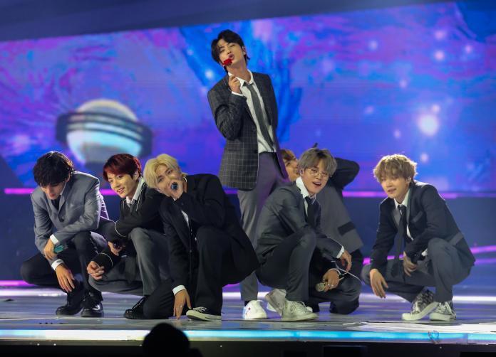 表演_BTS (41)