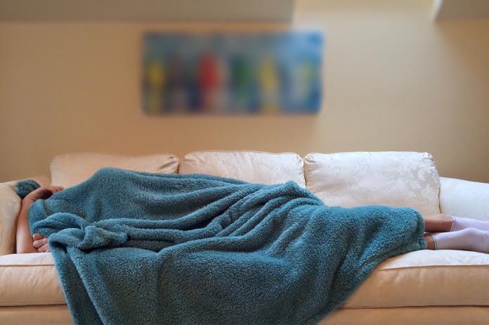 電熱毯超<b>保暖</b>驚為天人!一用回不去:而且電費不貴