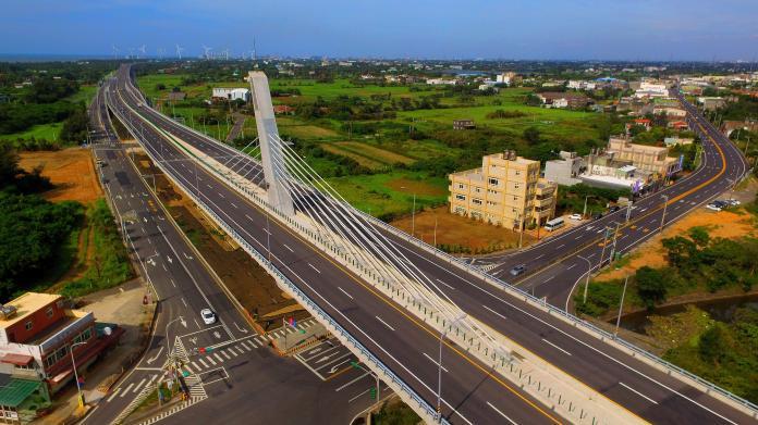 永安漁港脊背橋