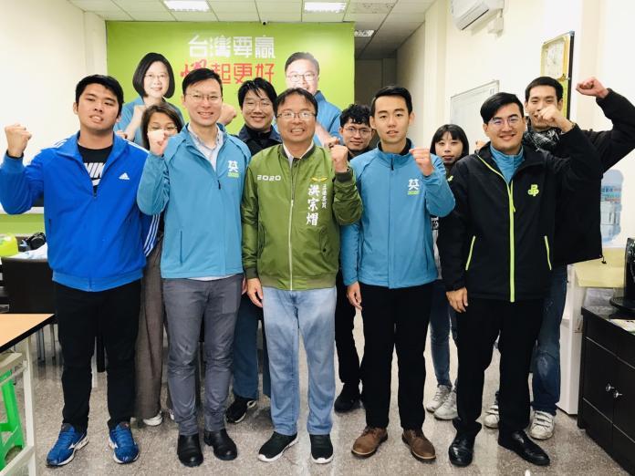 <br> ▲民進黨副秘書長林飛帆說,這次立委選舉黨中央競選主軸就是「護國會、保台灣」,就是不讓這樣的親中勢力有機會可以影響台灣的政局。(圖/記者陳雅芳攝,2019.12.05)