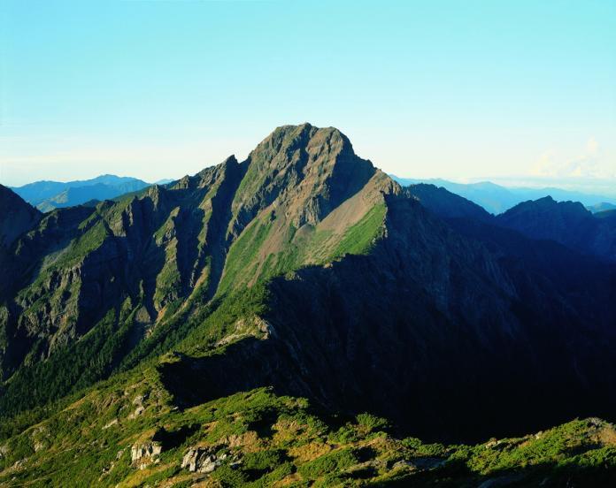 ▲海拔3952 公尺的玉山主峰。(圖/玉山國家公園管理處提供)