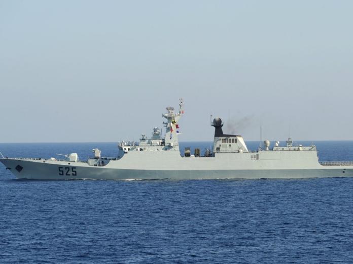 ▲環球時報發表社評稱,解放軍的軍艦可直駛台灣港口。(圖/翻攝 DW )