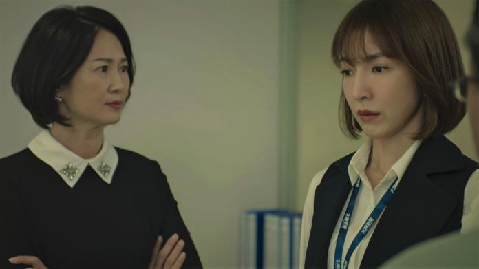 <br> ▲楊謹華(右)於《鏡子森林》飾演政治記者「高明」。(圖/公視提供)